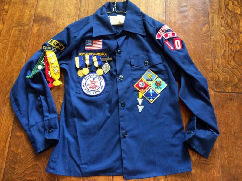 *Vintage 83 Cub Scouts  BSA Blue Uniform Shirt 14 Patches 3 ribbons 15 pins