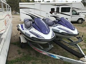 MATCHING PAIR OF YAMAHA fx140's