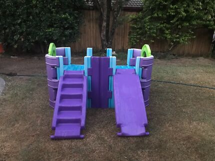 Plastic kids climbing gym with slide and stairs