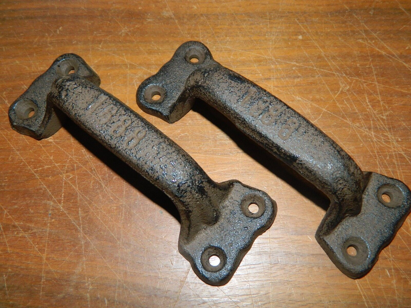 SET/2  Rustic IRON INDUSTRIAL STYLE Pull Handle Drawer Gate Cabinet Opener