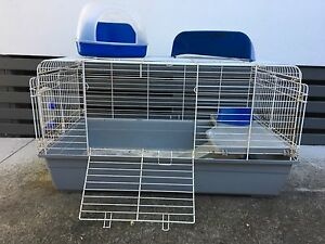 Metal rabbit/guinea pig cage Long Jetty Wyong Area Preview
