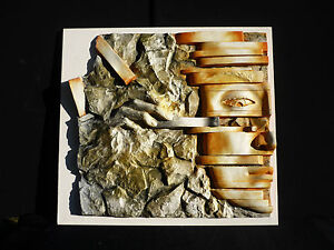 Scultura-frammento-di-bassorilievo-d-039-autore-034-Noi-034-in-gesso-ceramico-49x51-cm
