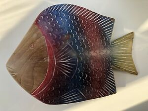 Solid wood fish decor/ornament red $ blue from Brasil