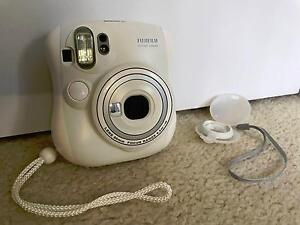 Great Condition - Fujifilm instax mini 25 polaroid camera Blacktown Blacktown Area Preview