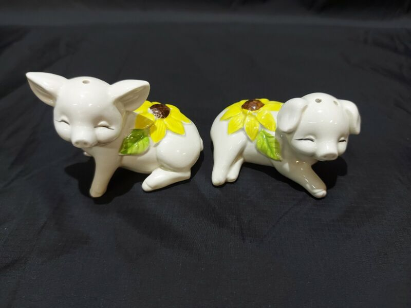 Vintage Collection Salt and Pepper Shakers Sunflower Pigs