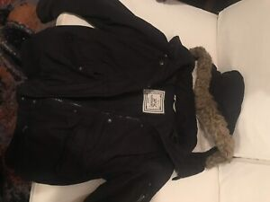 Winter coat - Fits small (size medium)
