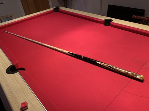 Snooker / Pool Cue - 8mm tip (nearly new) made by Britannia Cues, England