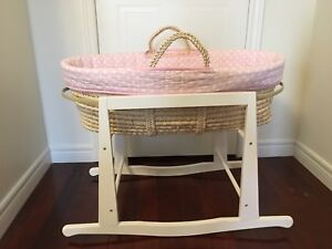 Jolly Jumper moses basket with white stand bassinet