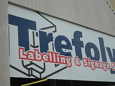 Trefolyte Labels and Signs