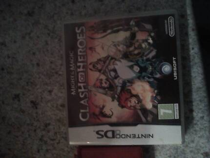 Ds console and  game Clash of Heroes