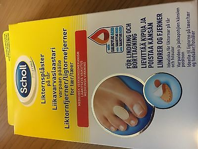 SCHOLL CORN REMOVAL PLASTERS - 9 WATERPROOF PLASTERS & 9 MEDICATED DISCS