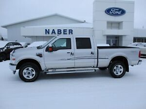 2010 Ford F-350 XLT   4X4 CREW CAB FULLY LOADED LIKE NEW ONE OWN