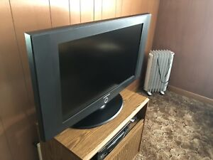 "Samsung 32"" flat screen TV, VCR, stand"