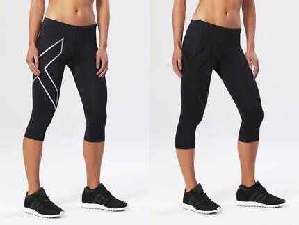 BRAND NEW FEMALE 2XU 3/4 COMPRESSION TIGHTS + FREE POSTAGE