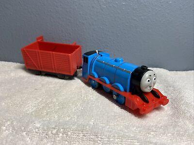 Thomas & Friends GORDON WITH Red Cart Trackmaster Motorized Train 2013 MATTEL