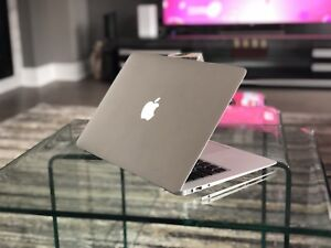 Perfectly working 2010 MacBook Air For Sale!!