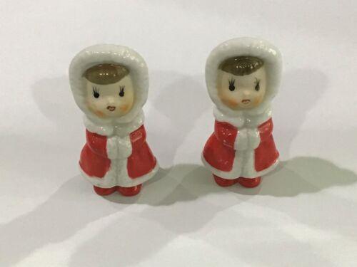 Pair Caroler Figurines Japan Marked Vintage