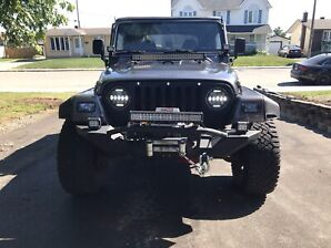 **Must Go! Reasonable offer accepted ** Jeep Wrangler TJ 2000