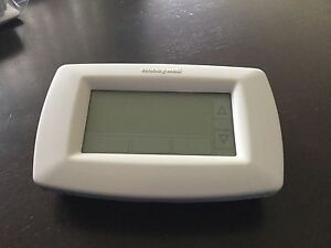 Honeywell RTH7600D – touchscreen thermostat controller ducted heater South Yarra Stonnington Area Preview