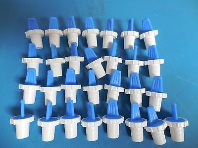 Pyrex Plastic Stoppers Size 16 Lot Of 65