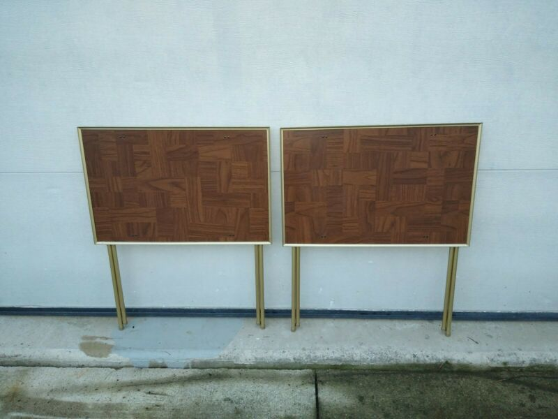 2 VTG MCM FAUX WOOD & GOLD TALL TV TRAYS - NICE