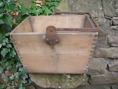 Antique Wooden Trug with Metal Carrying Handle - Excellent Condition