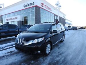 2012 Toyota Sienna XLE Limited!! ACCIDENT FREE!!!