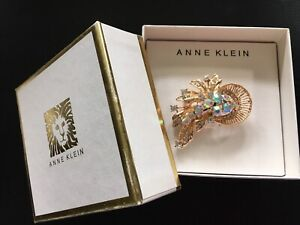 BNIB Anne Klein pin brooch