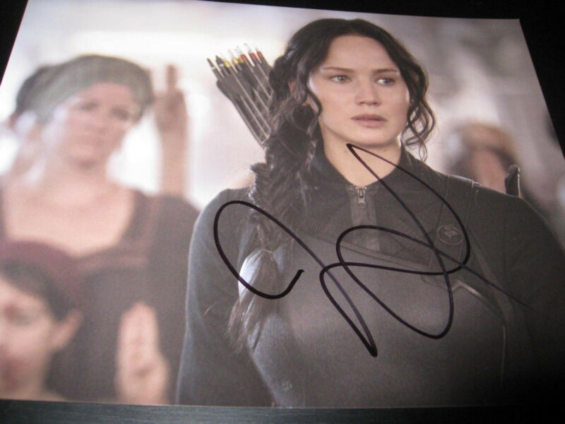 JENNIFER LAWRENCE SIGNED AUTOGRAPH 8x10 HUNGER GAMES MOCKINGJAY PROMO PROOF 12