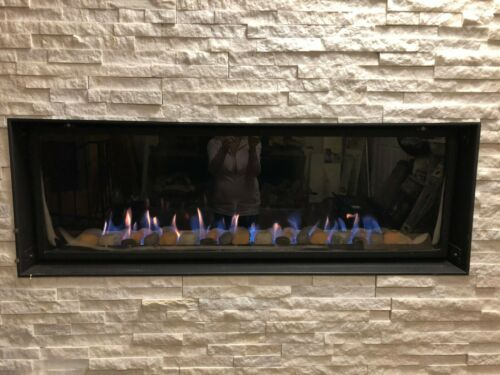 TOWN & COUNTRY WS54 Linear Gas Fireplace