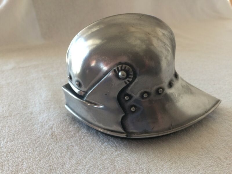 Mainmast Metal Figureheads Knight Paperweight Long Tailed Sallet 1485 German