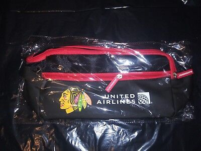 - CHICAGO BLACKHAWKS NHL Hockey 12/16/18 2018 SGA NEW 3 Pocket Travel Toiletry BAG