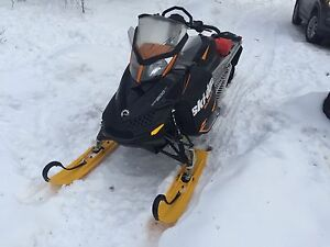 2013 Ski Doo Summit 800r