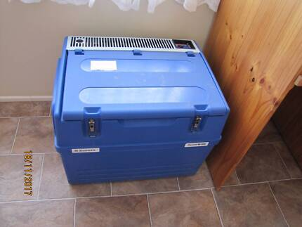 Chescold 3 Way camping Fridge  40 Litre