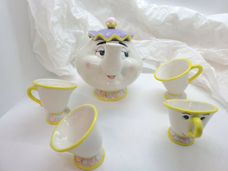 Beauty and the Beast Mrs. Potts Ceramic Teapot, Chip, and Cups