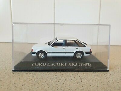 IXO / ALTAYA - 1982 FORD ESCORT XR3 - WHITE - 1/43 SCALE MODEL CAR -