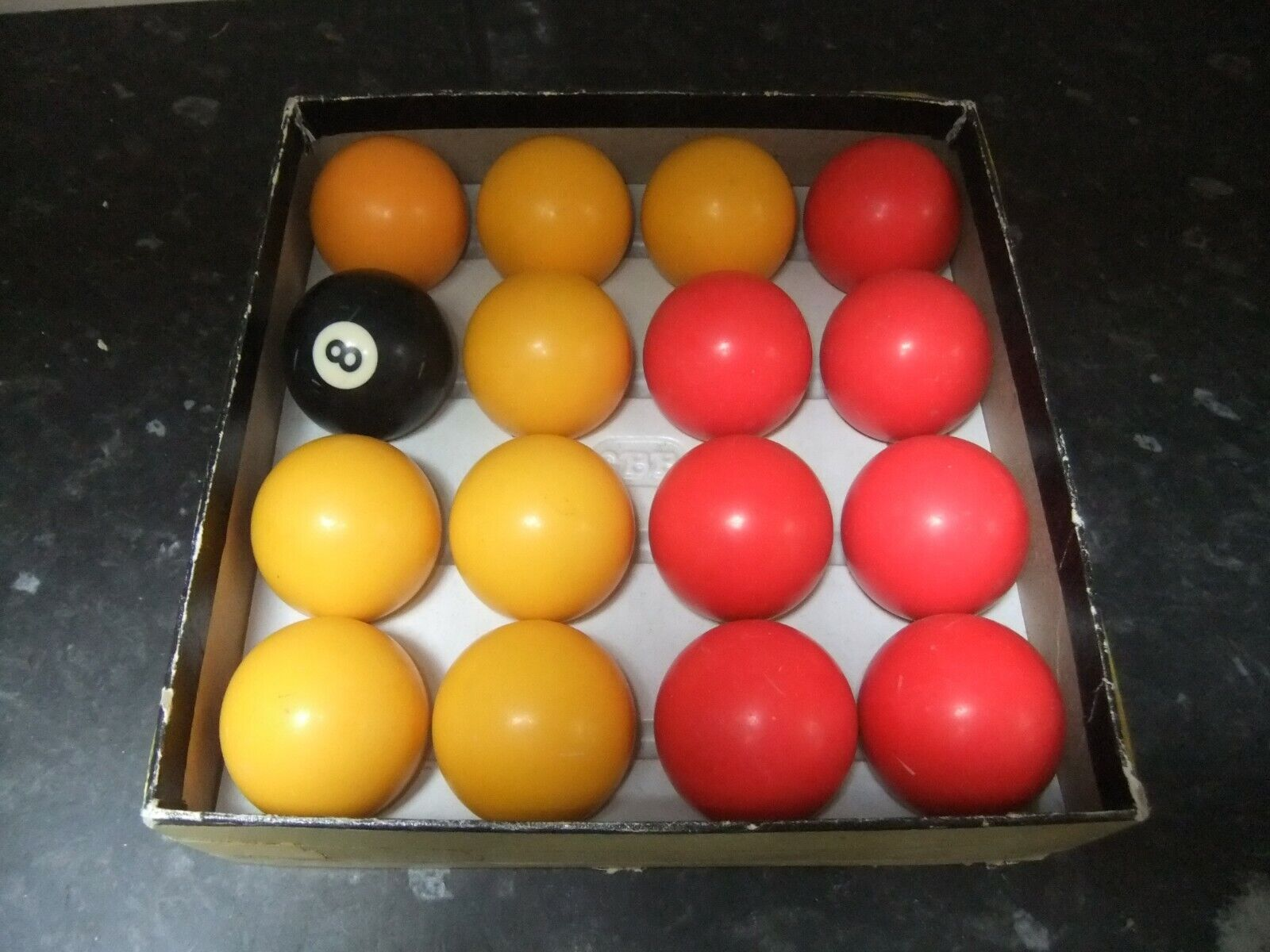 VINTAGE CRYSTALATE V-8 ENGLISH POOL BALLS SET, REDS AND YELLOWS, 2