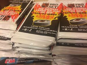 30 unopened packages of 1990/91 NHL Pro-set hockey cards