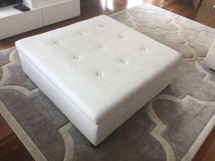 Freedom Ottoman in great condition
