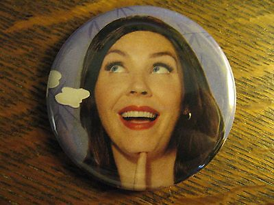 Progressive Insurance Pin   Spokesmodel Flo Repurposed Advertisement Button Pin