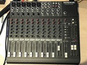 For sale: Mackie 14-Ch mixer 1402-VLZ