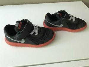 Toddler Boys Nike size 9