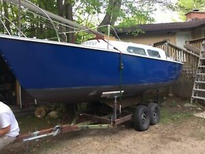 23ft Sailboat, Trailer, Motor
