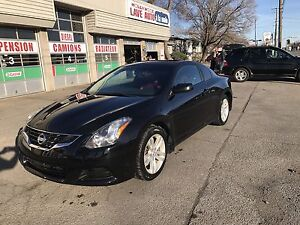 Nissan Altima 2.5 s coupe 2012 8800$ nego