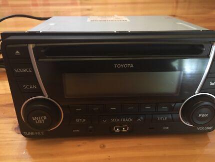 Toyota PZQ60-00511 radio Bluetooth USB