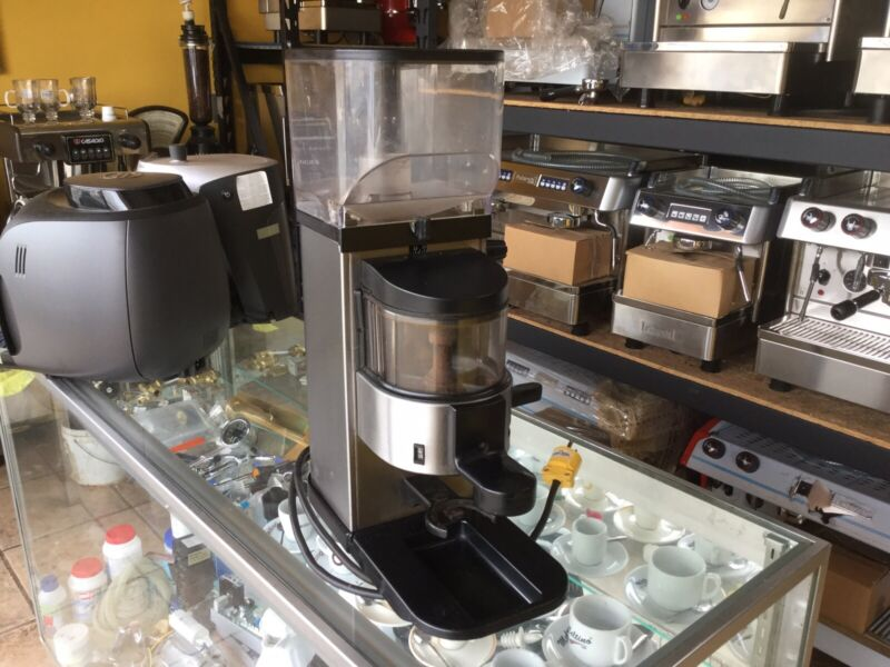 Commercial Espresso Bean Auto Grinder Cimbali Max Style by Fiamma 220 volts