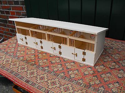 Bausatz aus Holz für Pferdestall/Pferdeboxen für u.a. Schleich-Pferde ()