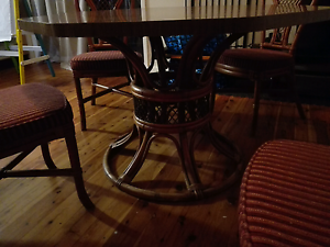 Dinning table and 6 chairs Wilberforce Hawkesbury Area Preview