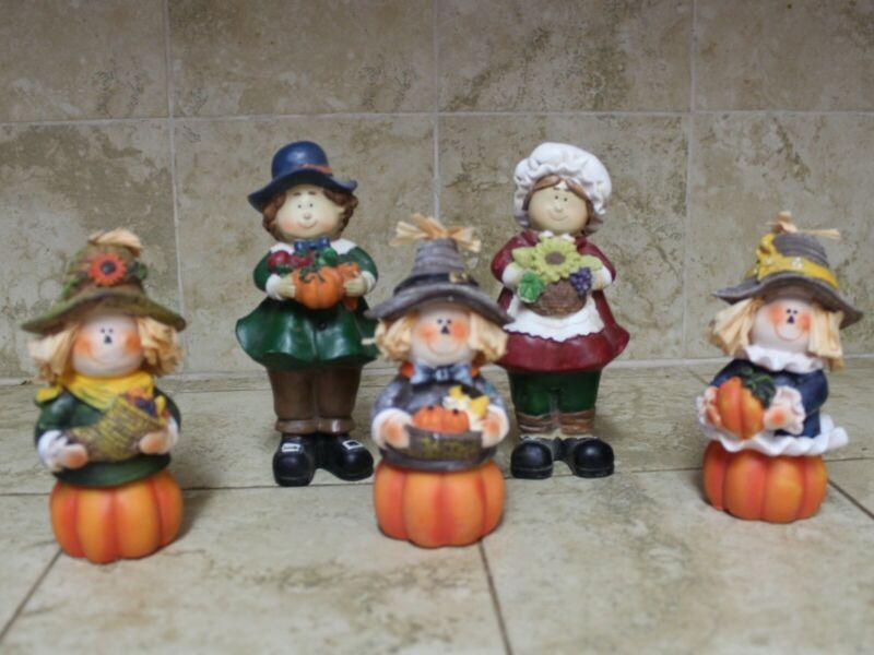 Fall Halloween Thanksgiving Figurines Pumpkin Pilgrims Scarecrow 5 Piece Lot