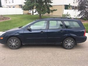 2004 Ford Focus wagon 181k awesome winter beater